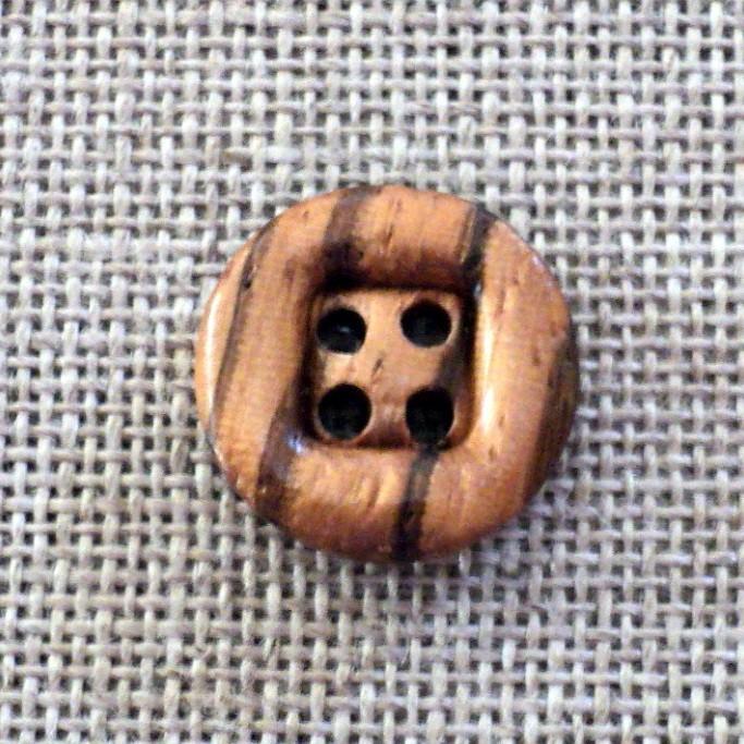 Bouton en bois naturel 15mm 4-trous