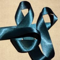 Ruban satin bleu canard 30mm double face satin vendu au mètre